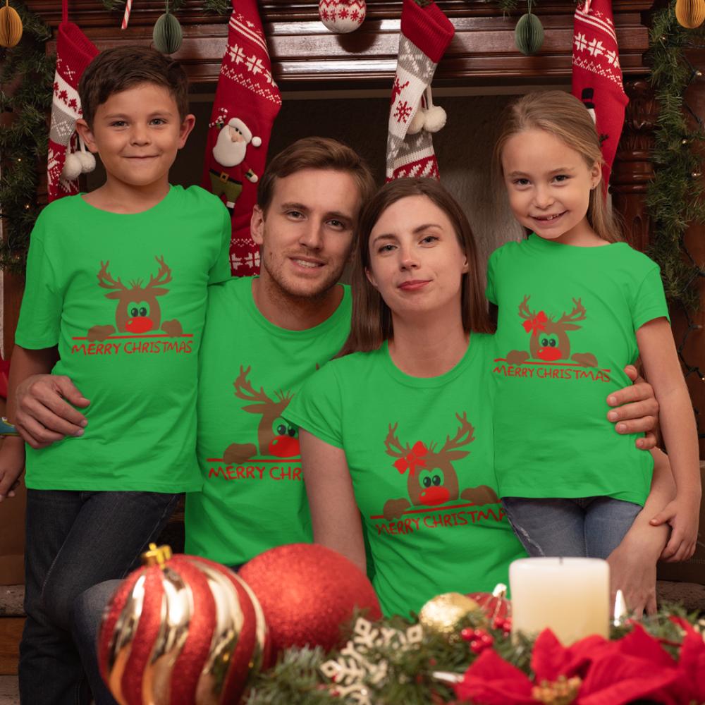Obiteljski komplet u zelenoj boji Merry Christmas Hiding Deer